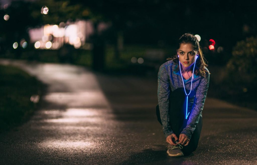 glow-headphones-night-running-1400x900
