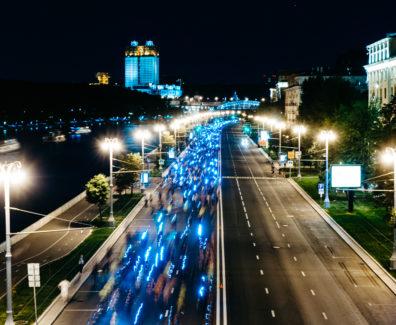 Ночной забег москва 2016