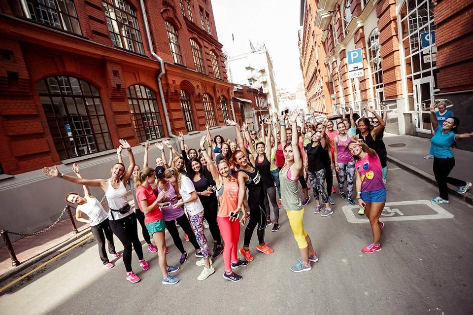 Беговые клубы. Running girls